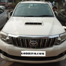 Toyota Fortuner 3.0(4x2) AT