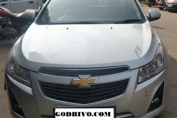 Chevrolet Cruze AT with Sunroof