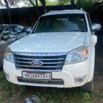 Ford Endeavour-4X4 XLT AT